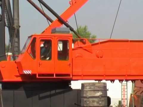 Кран Монтажный на гусеничном ходу МКГС100 1
