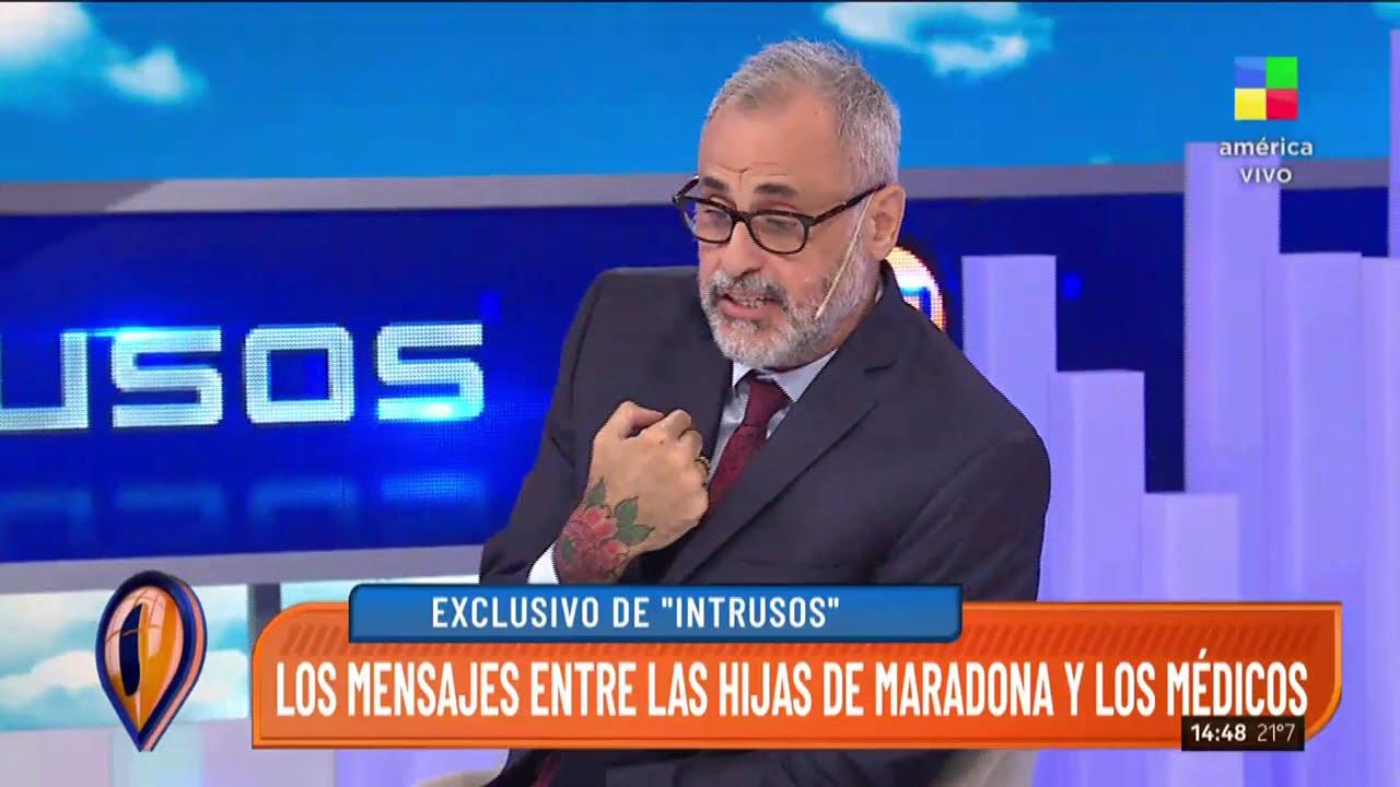 Los mensajes entre los hijos de Maradona y los médicos