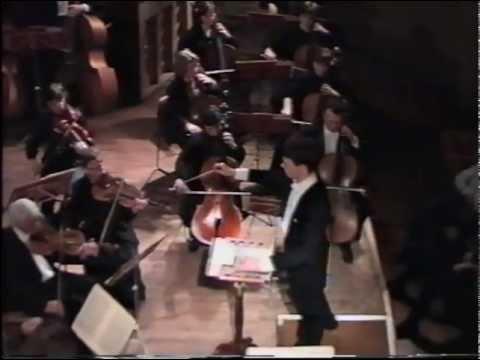Conductor Roman Leontiev conducts Debussi 2000.02.13