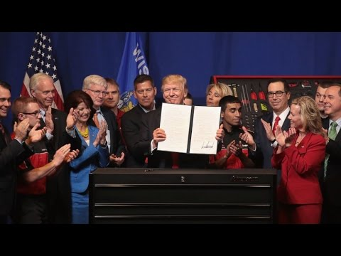 PRESIDENT TRUMP SIGNS THE BUY AMERICAN, HIRE AMERICAN EXECUTIVE ORDER!