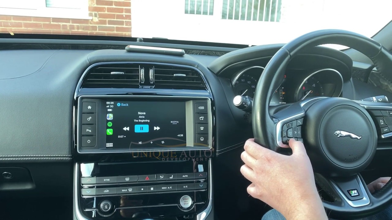 carplay jaguar f pace