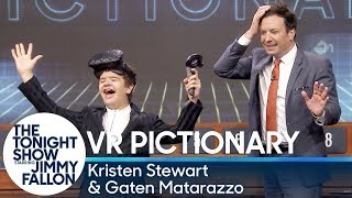 Virtual Reality Pictionary with Kristen Stewart, Gaten Matarazzo