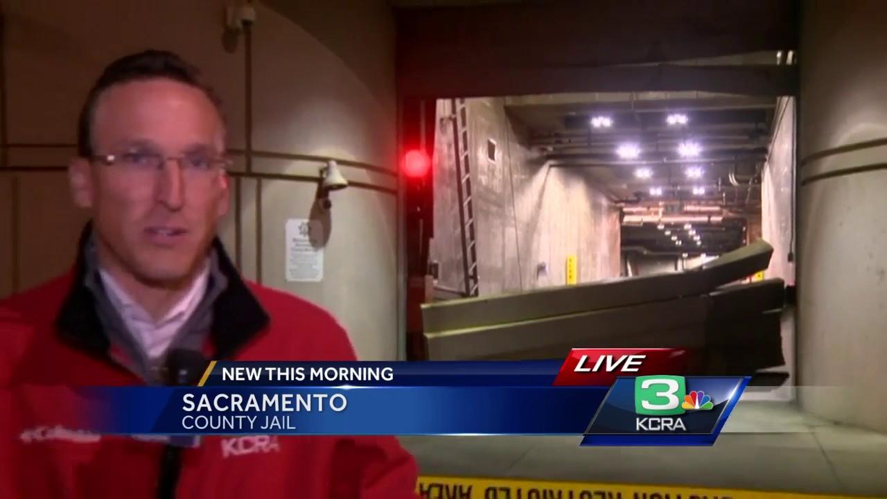 Man arrested after crashing car through garage door at Sacramento County  Jail