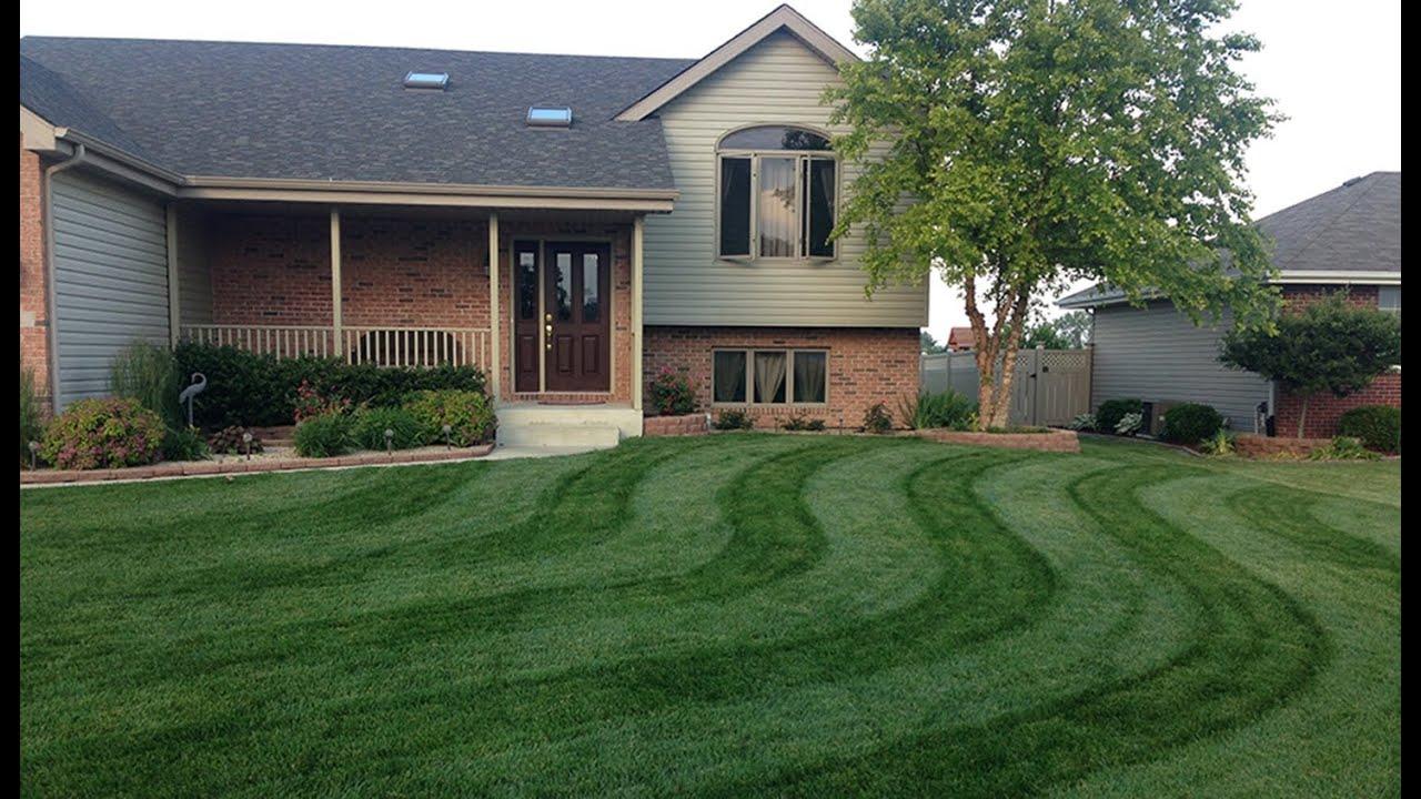 Hustler lawn striping