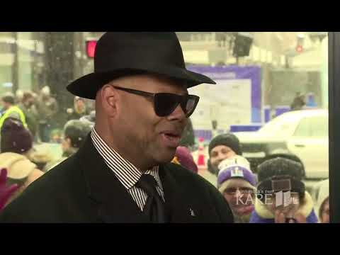 Jimmy Jam stops by the KARE 11 Warming House