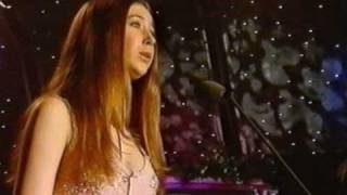 Faenol Festival 2003: 3. In Trutina (from Carmina Burana) - Hayley Westenra (3 of 4)