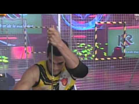 FRANCESCA vs BRUNELLA - RATONERA ACUATICA @ ESTO ES GUERRA 04-06-14 SEXTA TEMPORADA from YouTube · Duration:  2 minutes 4 seconds