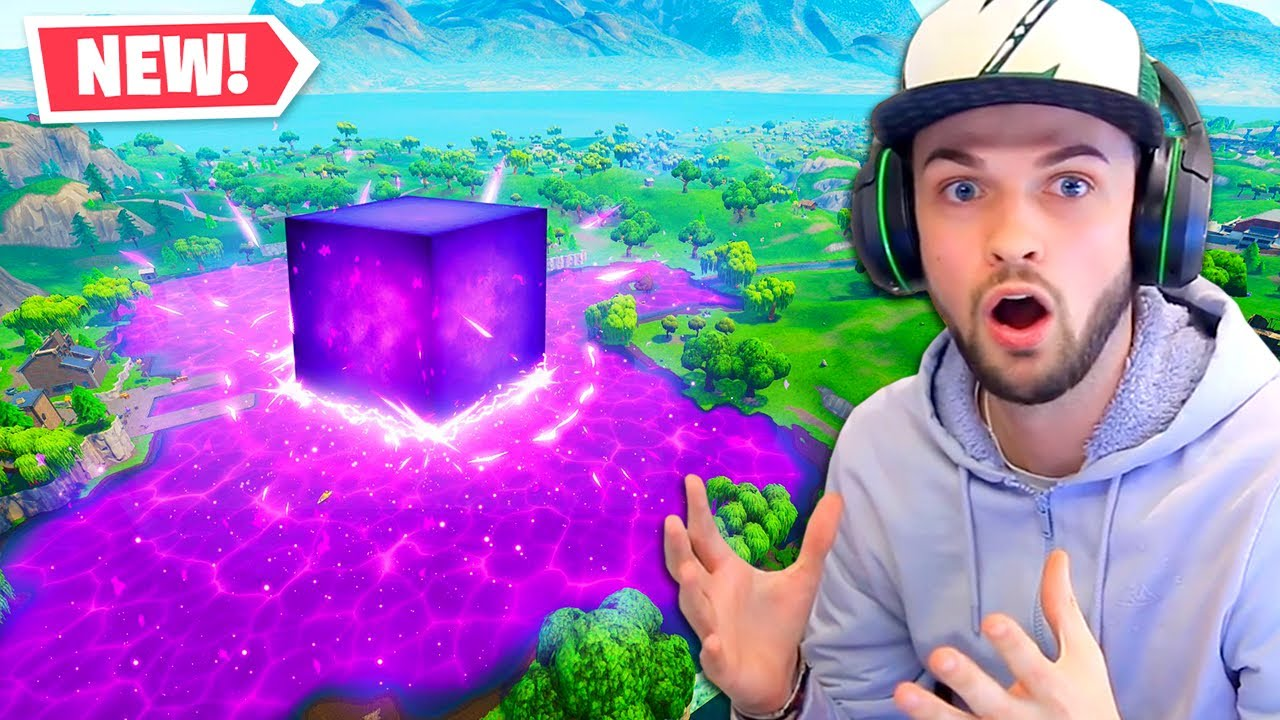 The New Lava Lake Corrupted In Fortnite Youtube