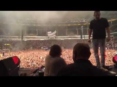 Dimitri Vegas & Like Mike vs David Guetta feat.Kiiara - Complicated