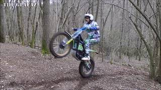 Hot Girl and Electric Trial Bikes - Trial Future - Electric Motion