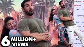 omg jacqueline fernandez lifts up 94kg john abraham   dishoom promotions