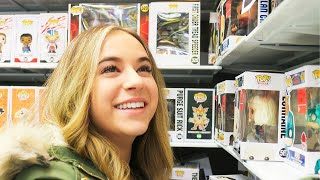 Baixar Buying Her First Funko Pops!