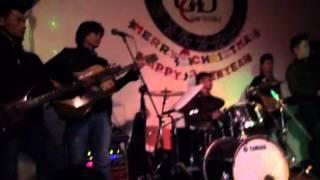 Giáng Sinh Yêu Thương vs G4U (Guitar Cho Bạn) - Saxo cực ph