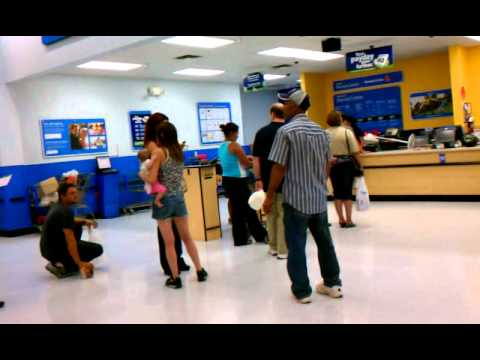 Long Line Walmart Customer Service Center - YouTube