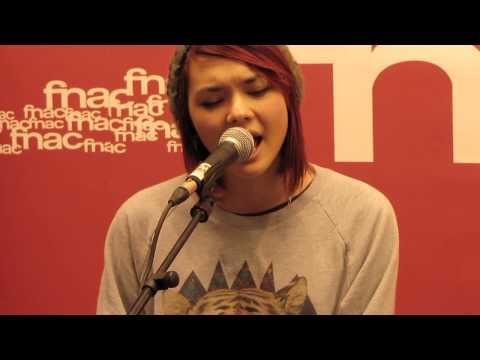 J'veux m'en aller - Sophie-Tith @ showcase FNAC Annemasse le 18-09-2013