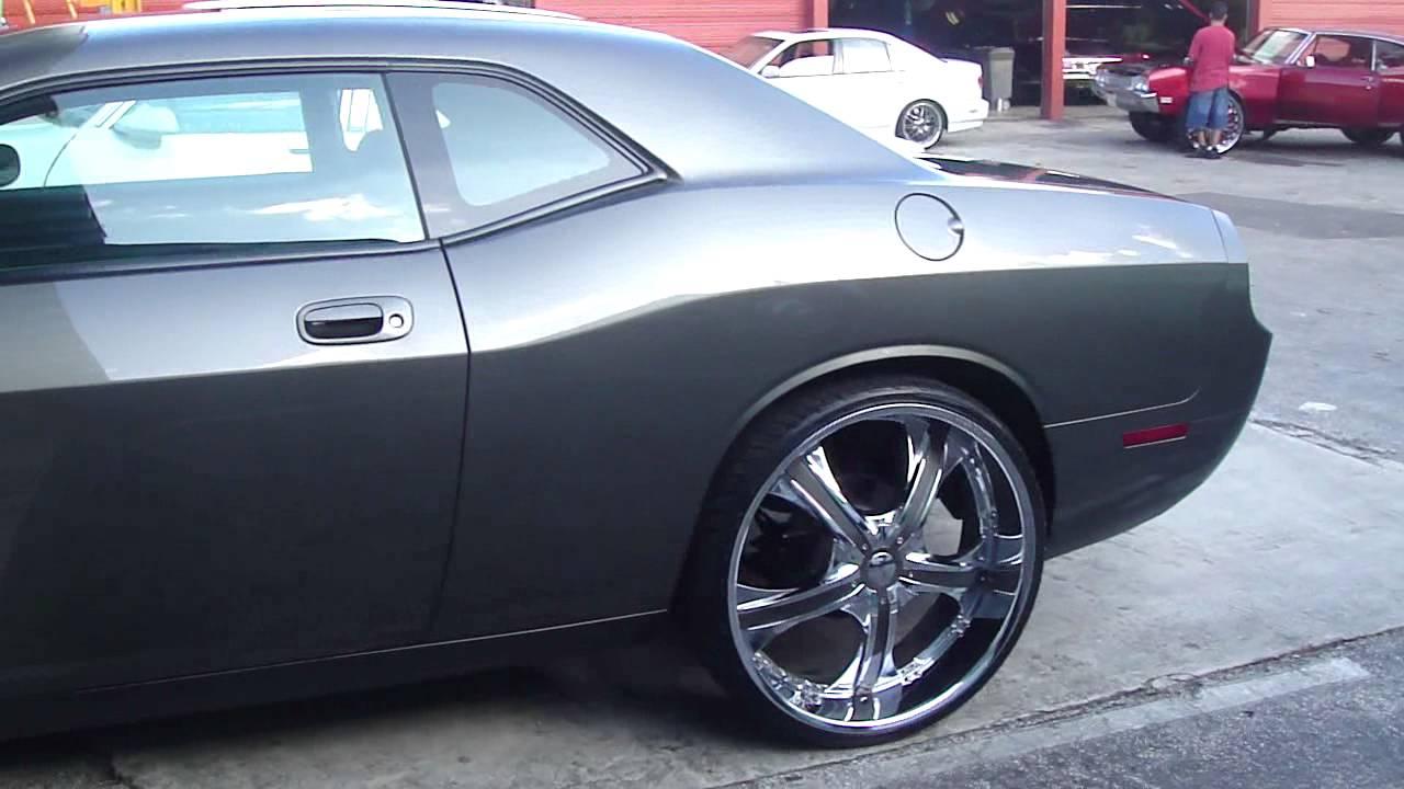 Dodge Challenger On 26 Quot Rims C2c Customs Fooottaaage