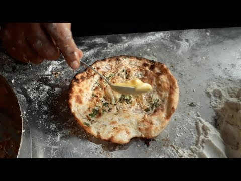MOST BUTTERY KULCHAS Ever!!  Amritsari Paneer Kulcha  Indian Street Food