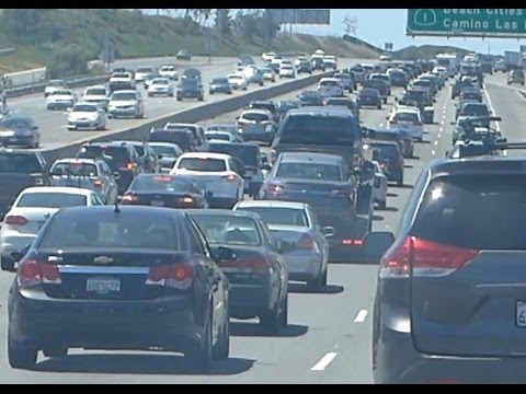 Driving US Freeway: TRAFFIC JAM on I-5 NORTHbound, from San Diego, CA to Santa Ana