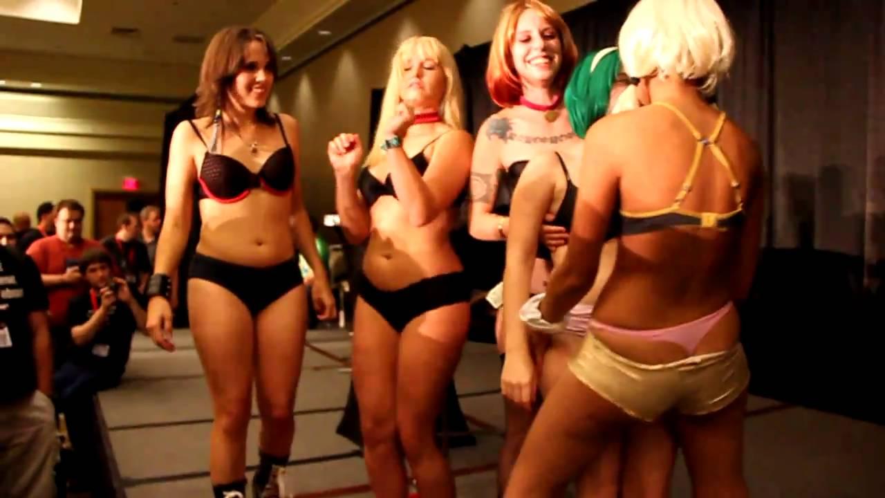 Cosplay Deviants At Gen Con 2010 Hentai Cafe Strip Poker