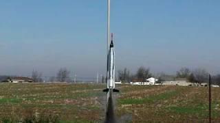 2009-11-28 - Estes Mercury Atlas Launch 001 - F12J-3 - 210 FPS - FC100.avi