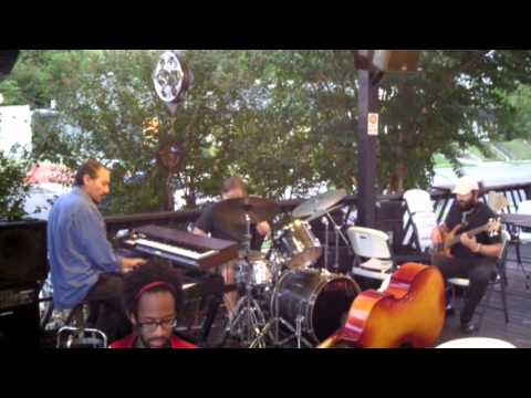 Gerald Stephens--Who Knows--Central BBQ 10/6/13