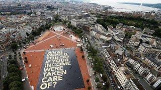 شاهد..سويسرا تصوت على منح كل مواطن 2500 فرنك شهريا