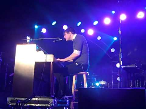 """Owl City Live, Performing """"Hospital Flowers"""""""