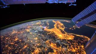 Как выглядит ночью из космоса  планета Земля(Немного рекламы: https://tamali.net/forms/contract/dogovor-kupli-prodazhi-avtomobilya/ Рекомендую всем бесплатный сервис по заполнению..., 2013-10-08T15:07:25.000Z)
