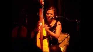 Circus - Elsa Fourlon à la harpe (Bxl 09 / 10 / 13)