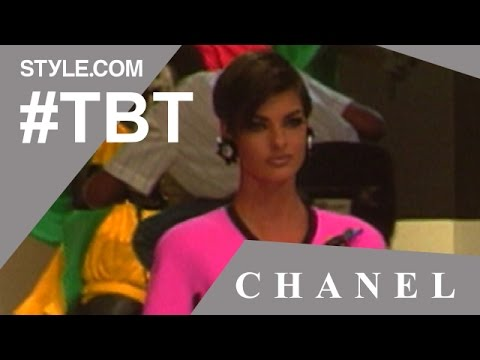 Karl Lagerfeld Takes Helena Christensen to the Beach For Chanel Show- #TBT w/Tim Blanks - Style.com