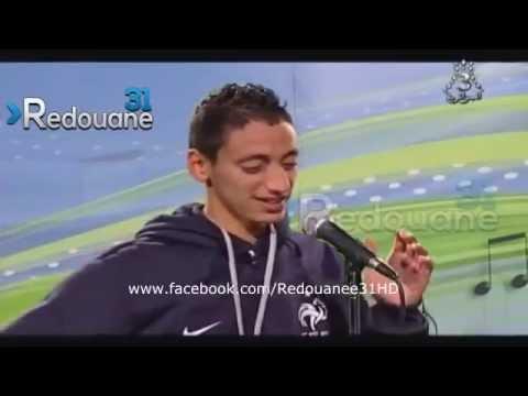 un algérien rigole dans un concours de chant  mdr!!