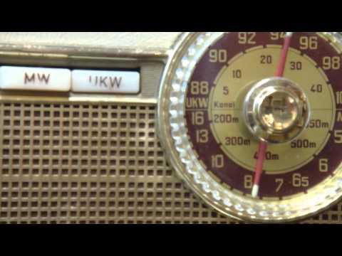 珍正古董收音機  50年代樂滿第第一代原子粒手提式木殼收音機