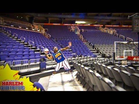 Harlem Globetrotter Breaks The World Record For The Longest Basketball Shot - Business Insider