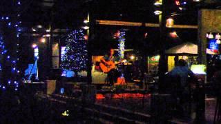 Живая музыка в ресторане отеля