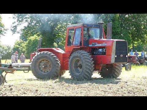 Massey Ferguson 4900 Cultivating The Field   PURE SOUND   Ferguson Days 2017