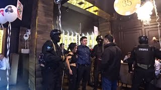 В Нурсултане задержали Экстремистов. Работает Спецназ. Оперативная съёмка. Спецназ шоу