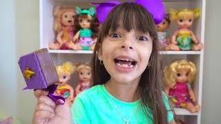 Regras de Conduta para CRIANÇAS Papai ensina LAURINHA não comer muitos doces (Rules of Conduct)
