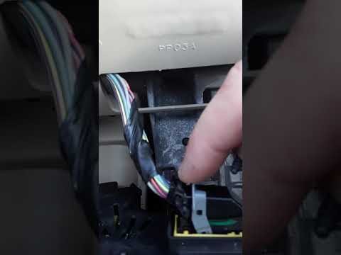 2006 Ford Explorer Dash Light Replacement