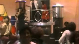 Soul Train Dancers (Chuck Brown - Bustin