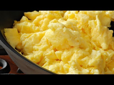 The Secret To Making The Best Scrambled Eggs Ever