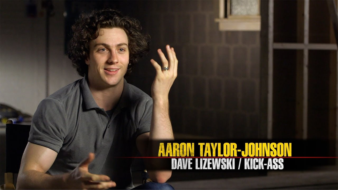 Kick-Ass 2 - Aaron Taylor-Johnson is Kick-Ass - YouTube