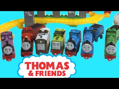 THOMAS VISITS THE CASTLE & TOBY'S WINDMILL MEGA BLOKS TRAIN Sets, Rosie,  and MORE!!!