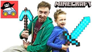❗️ МАЙНКРАФТ ПЕРВАЯ НОЧЬ прячемся В КАНАВЕ от Зомби Крипера и Эндермена Картонка Minecraft