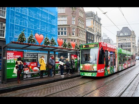 The Love Tram by Tele 2 | JCDecaux The Netherlands