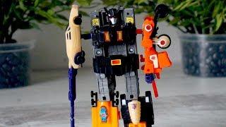Игрушечный робот - трансформер. Видео для мальчиков