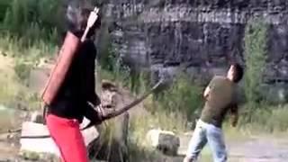 Невероятная стрельба из лука