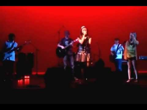 Chayla Trepagnier and her band  singing Hotle California by The Eagles