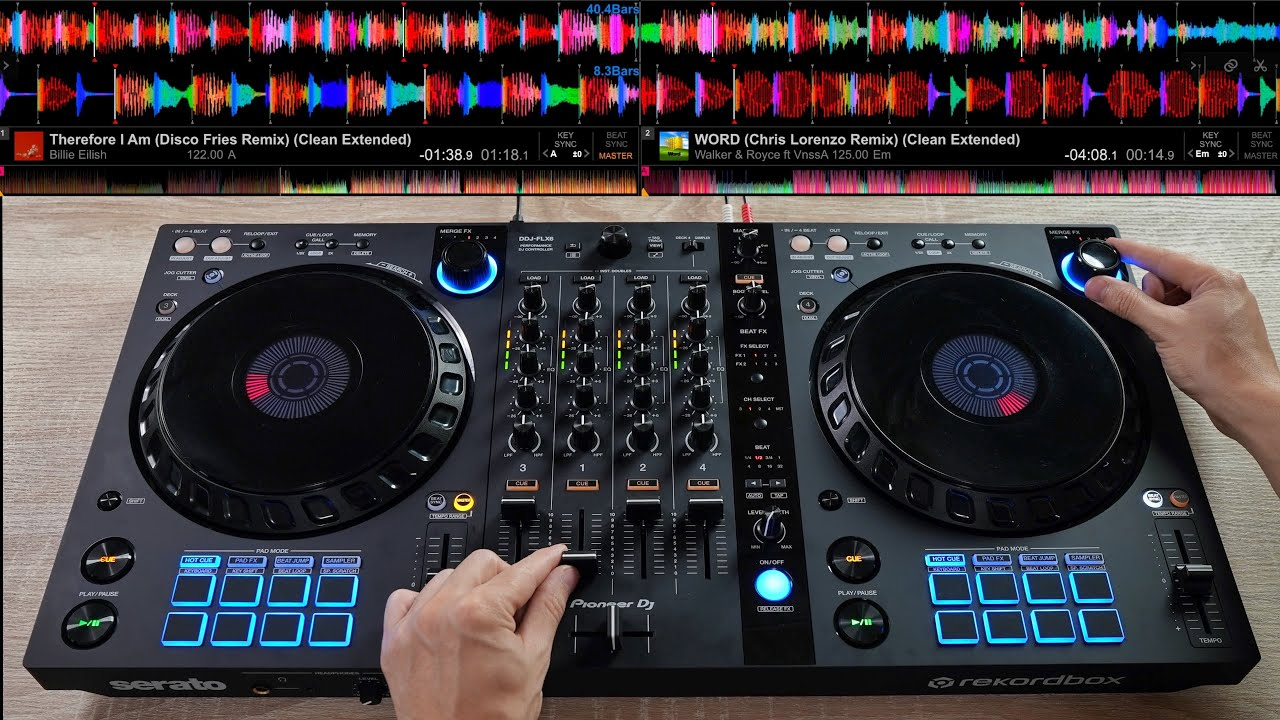 PRO DJ STARTS 2021 RIGHT WITH AN EPIC DJ MIX (Creative DJ Mixing Ideas for Beginner DJs)