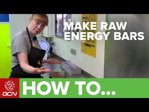 How To Make Raw Energy Bars With Hannah Grant