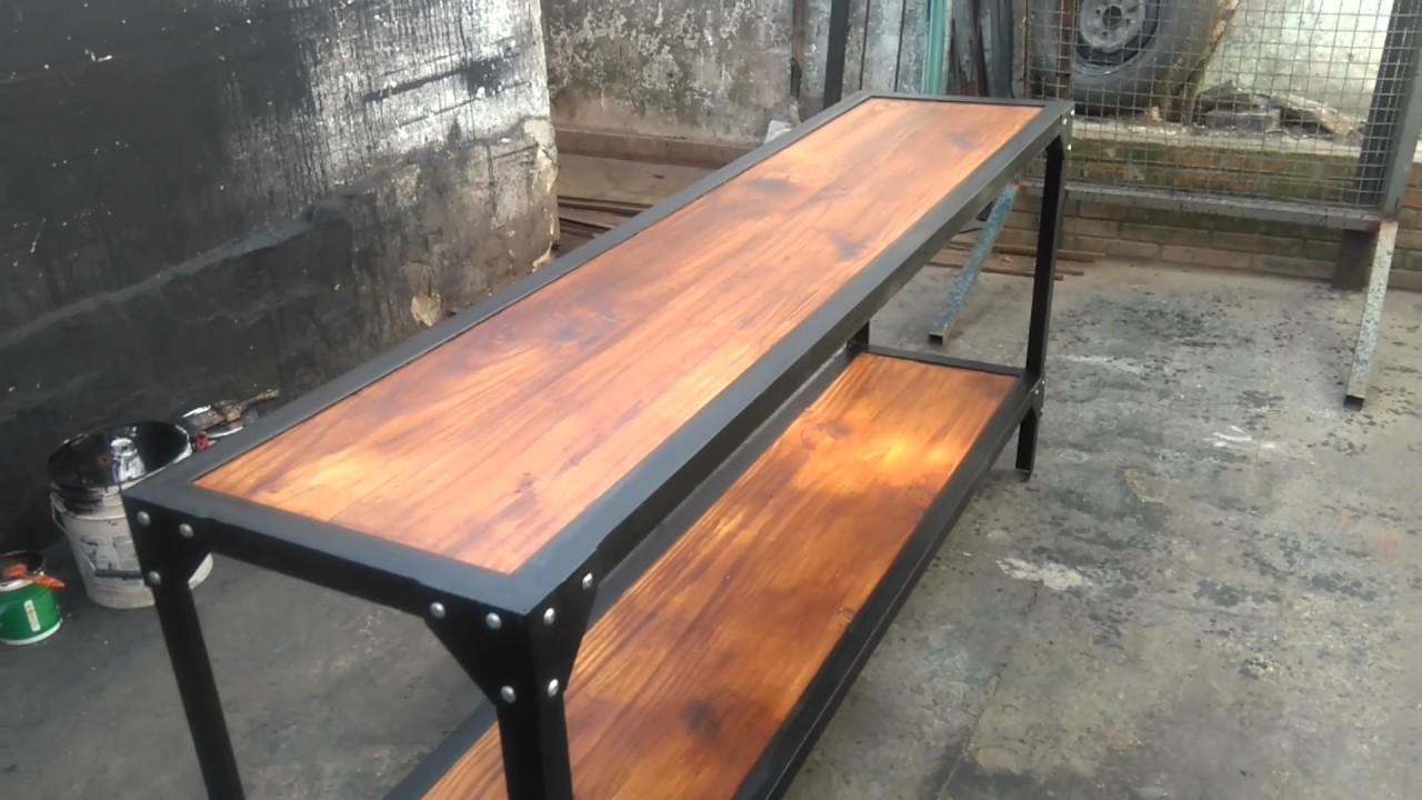 Mesa de metal madera remache roblon herreria victoria for Remaches de hierro